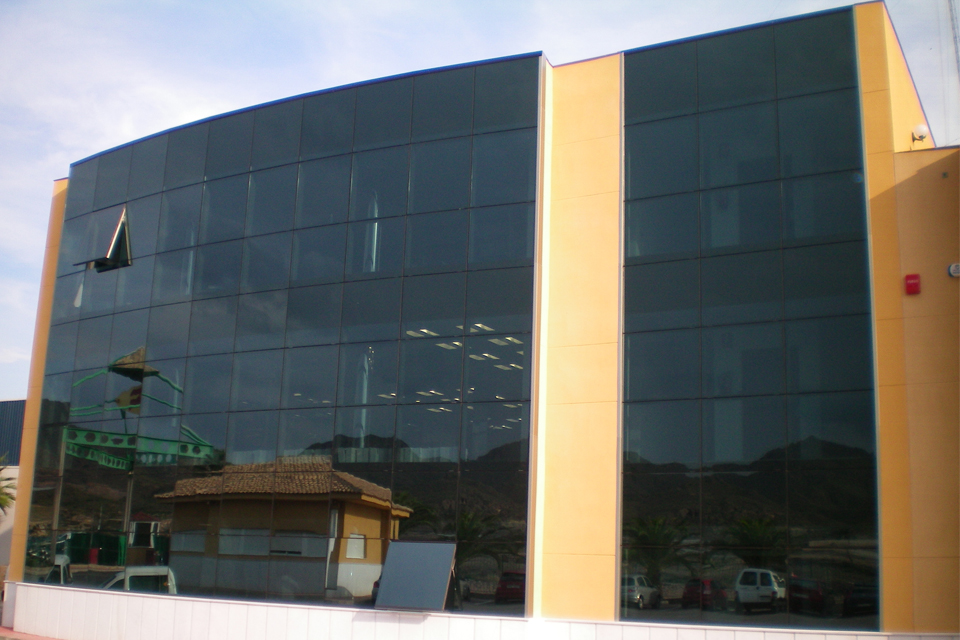 Construcci n edificio de oficinas de perichan mazarr n - Empresas de construccion en murcia ...